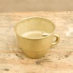 The cup, mässing av Maki Okamoto