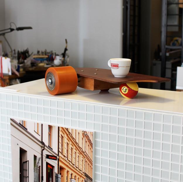 Kaffebräda av Tobias Birgersson.