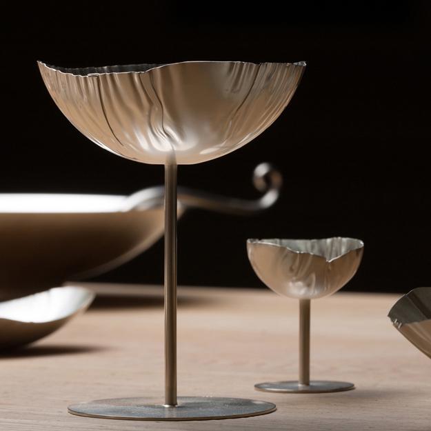 Skalglas, silver av Pernilla Sylwan. Foto Christian Habetzeder.