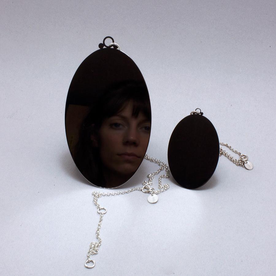 jewellery halssmycke spegel rostfritt stål silver konceptuell