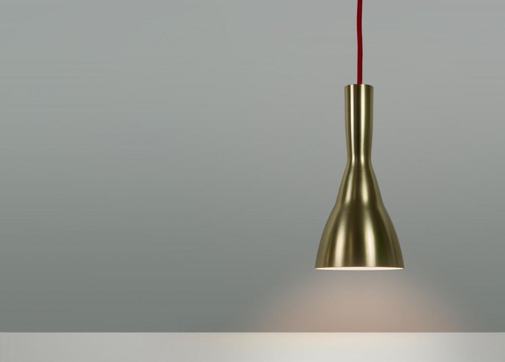 Lampa, mässing.